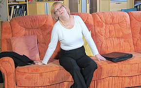 Mature German slut masturbating on transmitted to couch