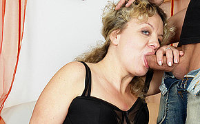 This mama loves to get her daily have sex