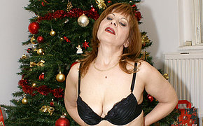 This mature christmas slut has her present