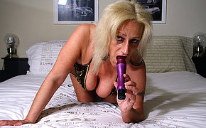 Kinky blonde mature slut playing with herself
