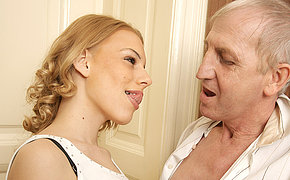 Horny old bastard doing a hot babe