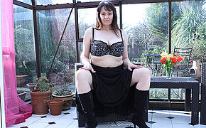 Big breasted British missis masturbating in her gardenhouse