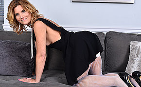 Naughty mature temptress getting wild by herself