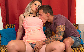 Hot steamt temptress fooling around with her toy boy