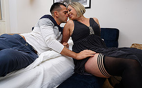 Sexy British mom gets her pussy eaten and is fucked by her stud